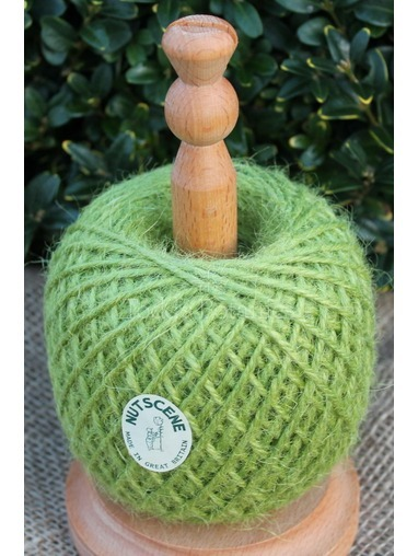 Twine on a Stand Nutscene Green